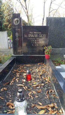 Ks. Oskar Cichy <br />(1875-1965)