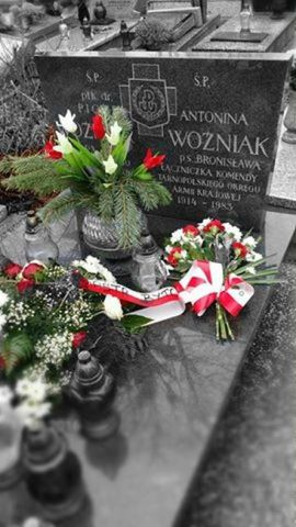 Antonina Woźniak <Br />(1914-1983)
