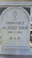 Ksiądz proboszcz Józef Zduń